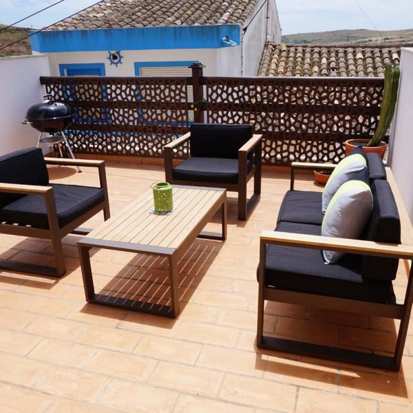 Sunshine on roof terrace